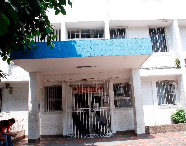 Clínica Madre Bernarda, donde falleció Jorge Machado.