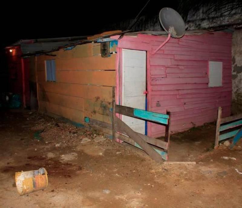 Hombre mata a puñaladas a su expareja en Manzanillo del Mar - El Universal - Colombia
