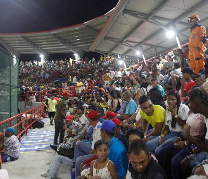 Una pasión llamada béisbol llevó mucha alegría a Turbaco - El Universal - Colombia