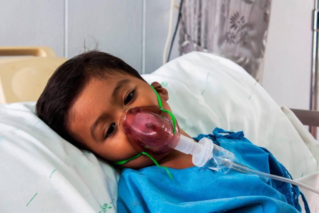 Resultado de imagen para niños  enfermos covid