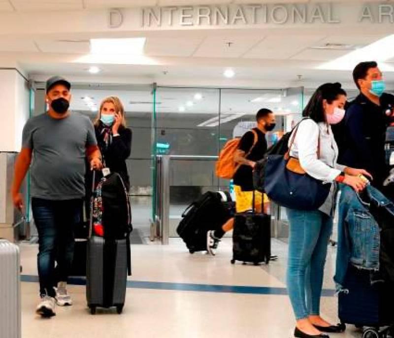 EE.UU. aceptará entrada de viajeros con una mezcla de tipos de vacunas
