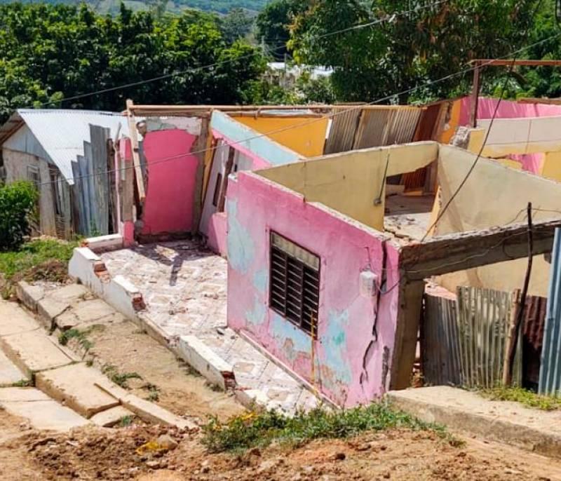 Hoy deben llegar ayudas para los habitantes de El Prado en El Carmen - El Universal - Colombia