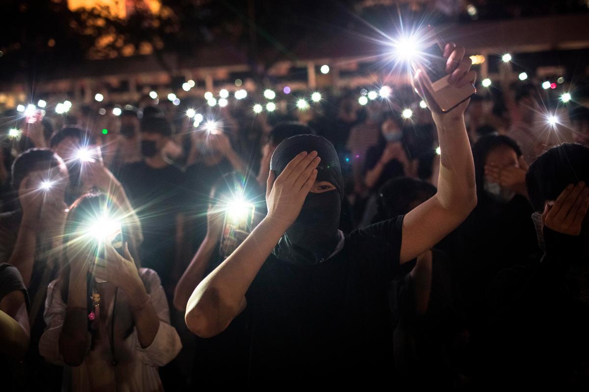 YouTube desactiva 210 canales que buscaban influir en protestas de Hong Kong