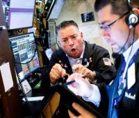 El promedio industrial Dow Jones descendió 354 puntos, o 1,4%, para ubicarse en 24.815.