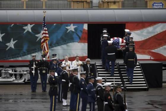 George HW Bush llega a Texas para su último descanso