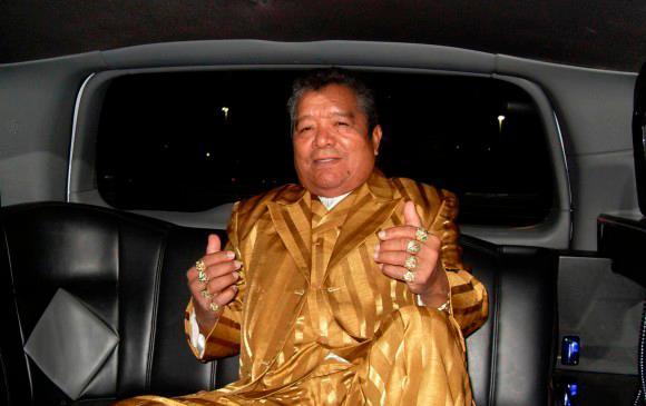 Pastor López fue hospitalizado por una hemorragia cerebral