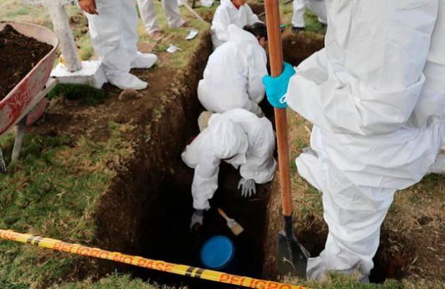 Investigan fosa común en caso de ejecuciones extrajudiciales en Colombia