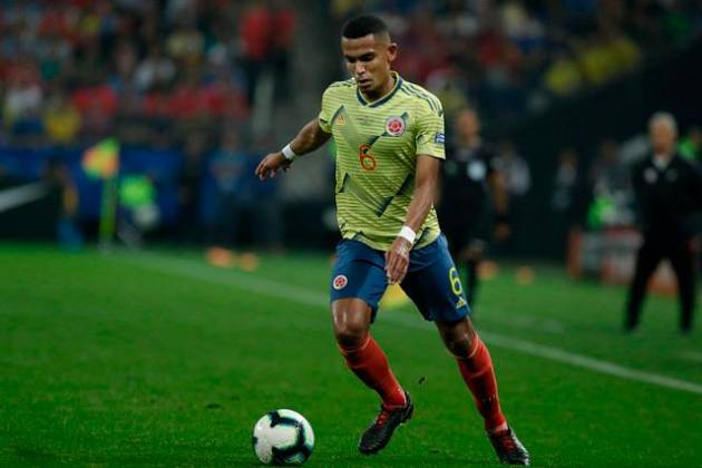 William Tesillo se reporta al León tras amenazas por fallo en Copa América
