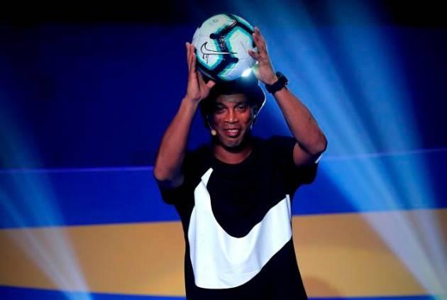 Ronaldinho será refuerzo de Santa Fe por un día