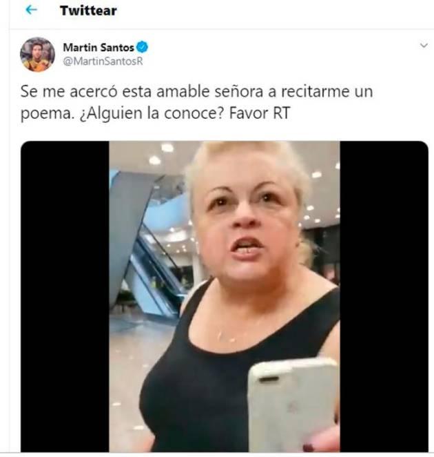 Mujer increpa a Martín Santos en un centro comercial