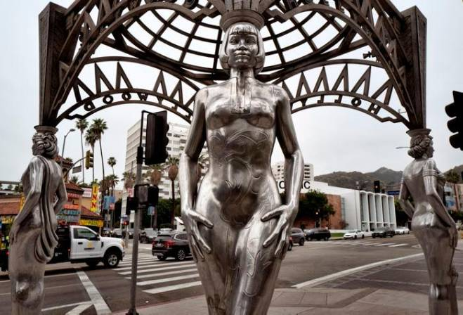 Roban estatua de Marilyn Monroe en el Paseo de la Fama de Hollywood