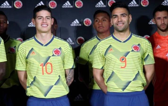 625c597d93379 Selección Colombia presenta en Japón la nueva camiseta