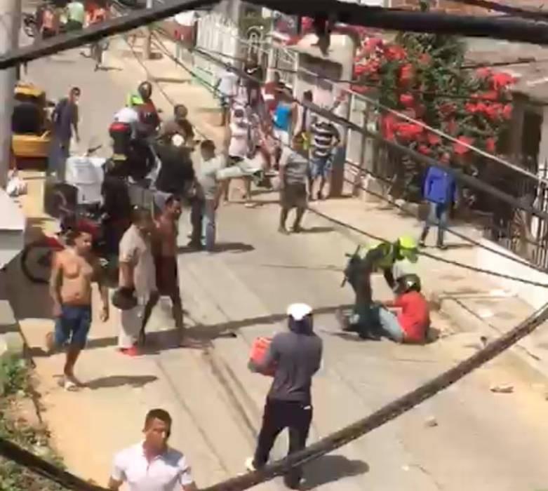 A presunto ladrón casi lo linchan en Soledad, Atlántico   EL UNIVERSAL -  Cartagena
