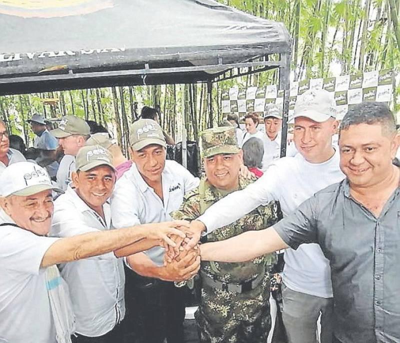 Entrega oficial de los Pdets de Simití, Arenal, Morales y Santa Rosa del Sur - El Universal - Colombia