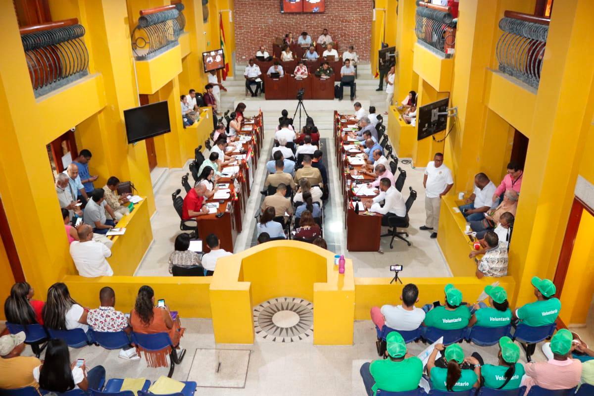 La medida adoptada por el Distrito fue discutida en la sesión de ayer del Concejo Distrital. Varios concejales intervinieron en el debate.