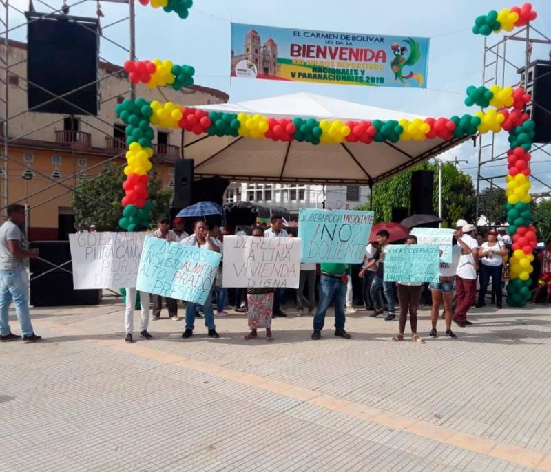 Protestas en El Carmen en medio de la antorcha de los Juegos Nacionales - El Universal - Colombia