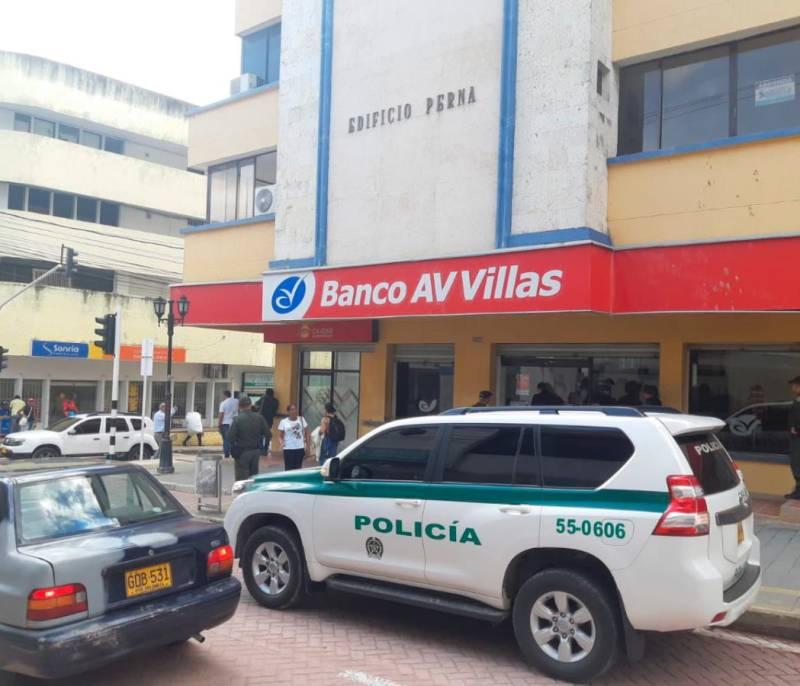 Atracaron la sede de AV Villas en Sincelejo y se llevaron $7 millones - El Universal - Colombia