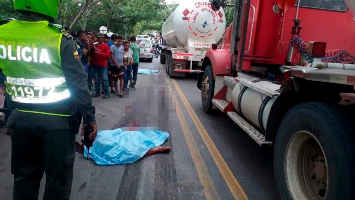 Las víctimas del accidente perdieron la vida de manera instantánea luego de ser arrastrados varios metros. // Cortesía