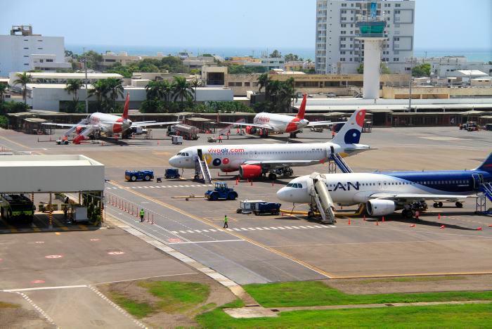 El Aeropuerto Internacional Rafael Núñez es el tercero más grande del país en movimiento de pasajeros. // Julio Castaño