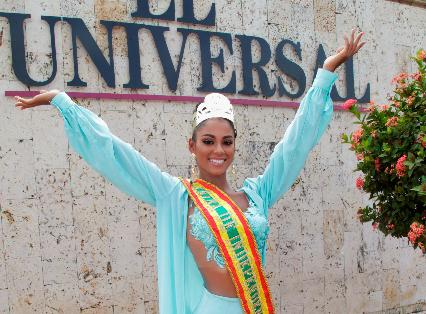 Allison Vega, actual Reina de la Independencia 2019.