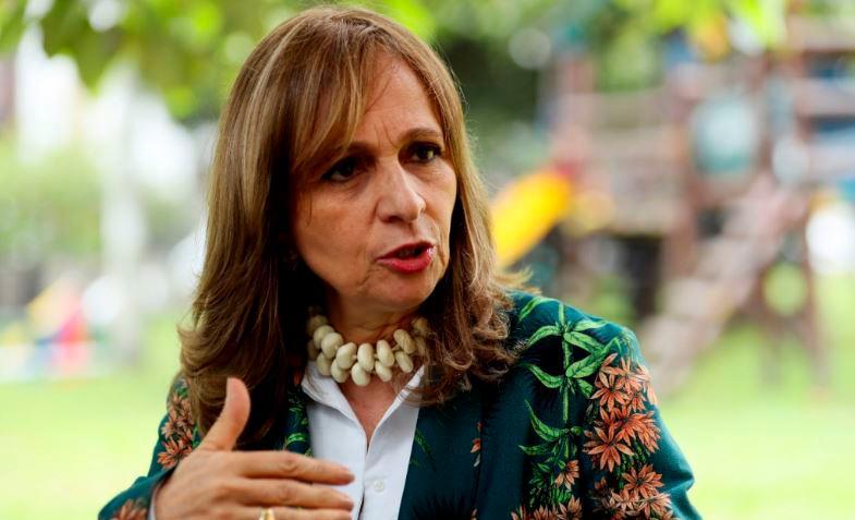 Ángela María Robledo Gómez.
