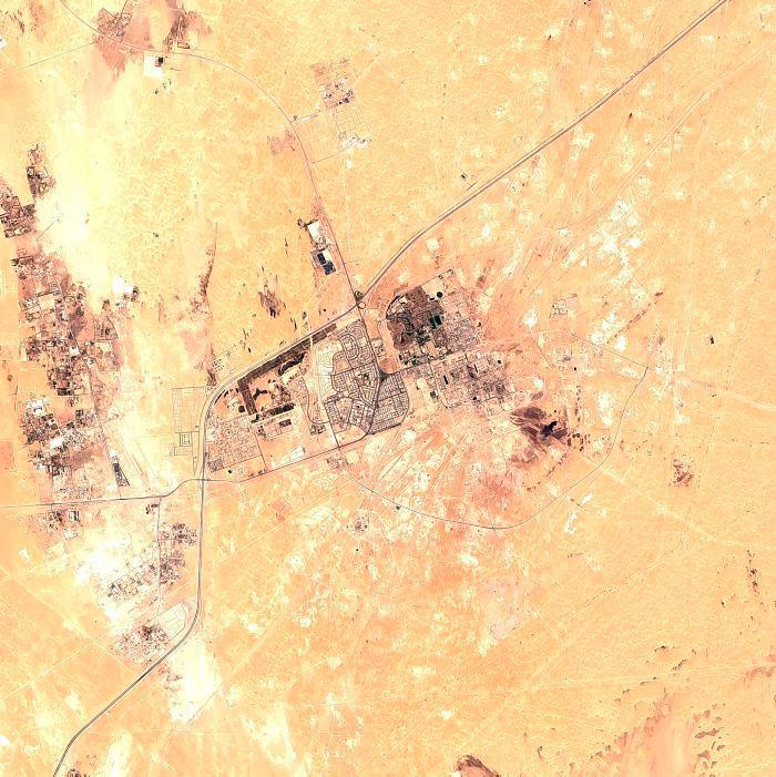 Planta de procesamiento de petróleo Abqaiq de Saudi Aramco en Buqyaq, Arabia Saudita. // AP