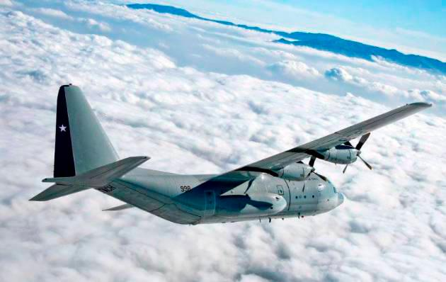 En la aeronave C130 Hércules viajaban 38 personas, 17 tripulantes y 21 pasajeros. // Twitter