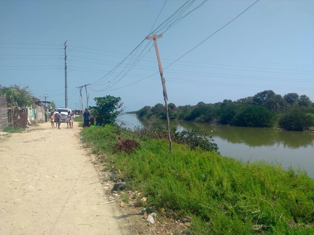 Caño Caimán del sector Ricaurte, en Olaya Herrera.