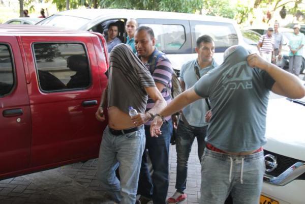 Momento en el que ingresan los 12 capturados al Complejo Judicial. //Luis Aparicio