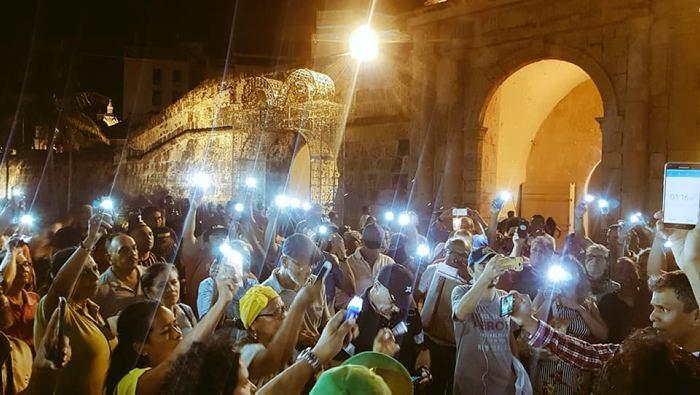 En Cartagena se realiza un velatón en la Plaza de la Paz. //Cortesía.