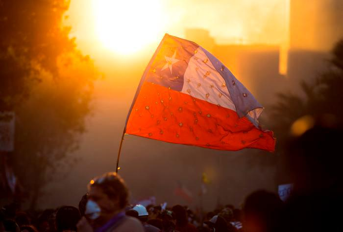 Acuerdo en Chile: con plebiscito se buscará cambiar la Constitución