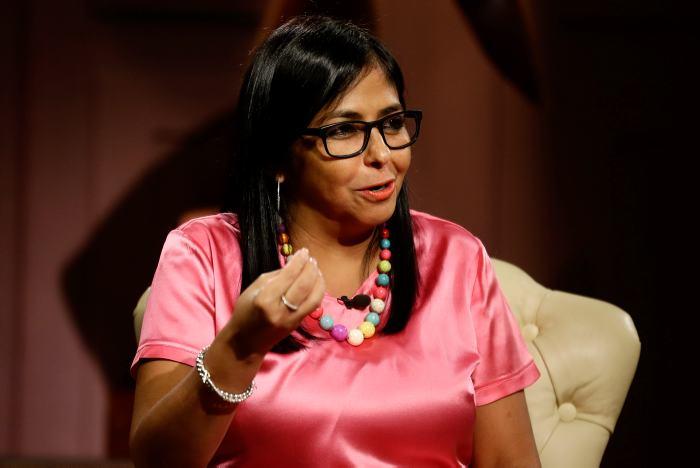 """La vicepresidenta venezolana aseguró que mañana saldrán a marchar como una """"lección de democracia"""" y """"en defensa de Venezuela""""."""