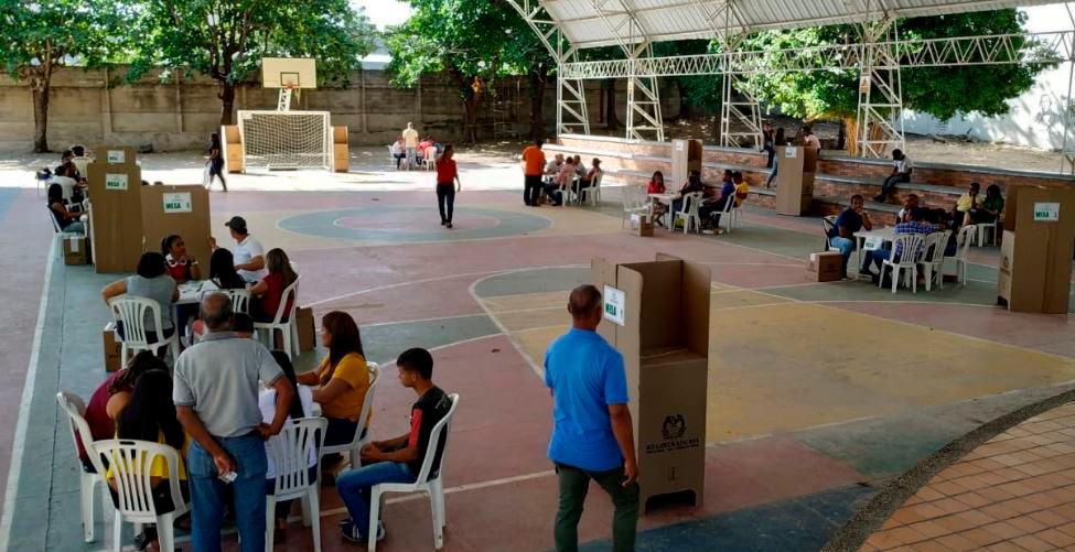 Arrancó jornada electoral de las consultas partidistas en 12 municipios