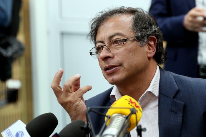El senador Gustavo Petro.