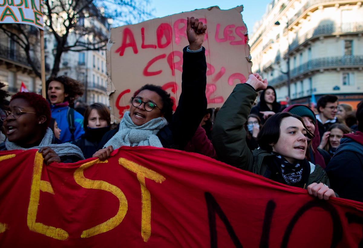 Francia: Protesta de Chalecos Amarillos obliga nuevo cierre de monumentos y museos