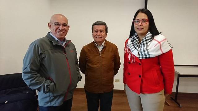 La delegación del ELN, con su jefe negociador a la cabeza Pablo Beltrán (centro), anunciaron su intención de seguir en la mesa. //Colprensa.