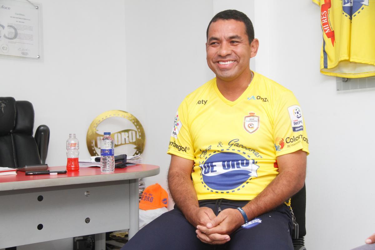 Jorge De Oro relata su historia de superación, desde que llegó desplazado a Cartagena.