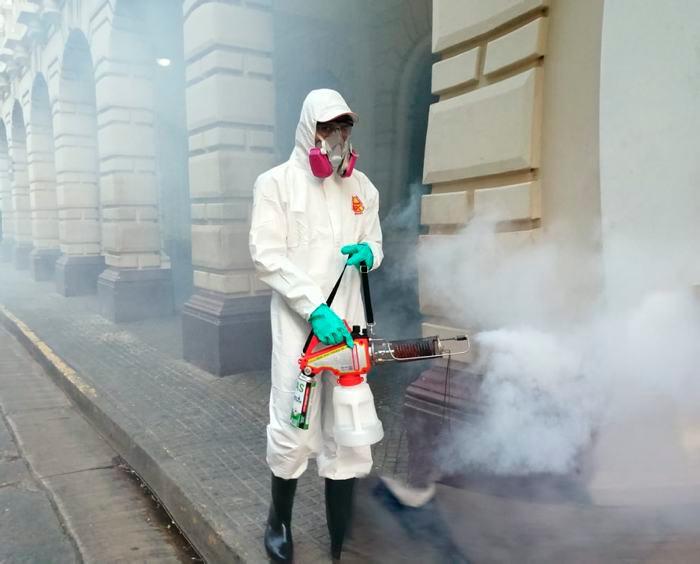 [Fotos] Jornada de limpieza y desinfección en el Centro Histórico