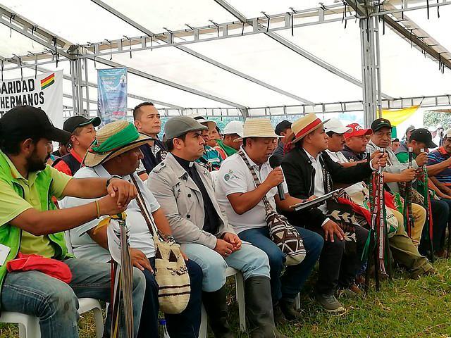 Para los indígenas, el fin del bloqueo se daría luego de que se cumplan las exigencias que le están haciendo al gobierno. Aún no hay consenso. Foto/Colprensa - Archivo