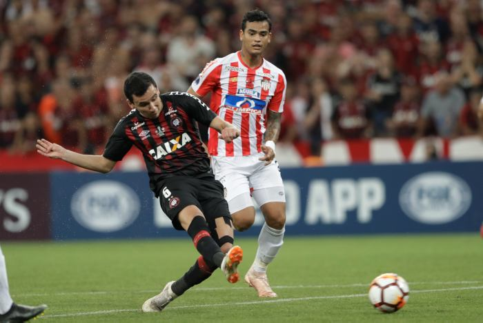 Pablo Felipe fue el autor del gol con el que Paranaense derrota a Junior. // AP Andre Penner