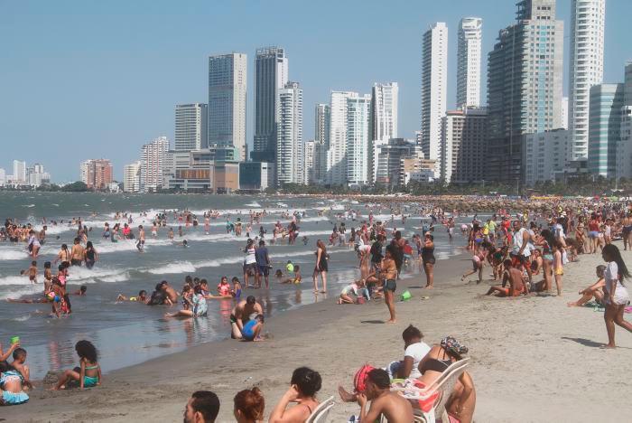 Así estaban las playas de Bocagrande los primeros días de este año. // Zenia Valdelamar.