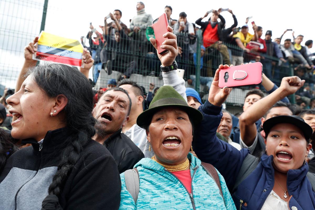 Los indígenas de Ecuador dieron este jueves un nuevo giro de tuerca para que el presidente Lenín Moreno atienda sus reclamos. // EFE.