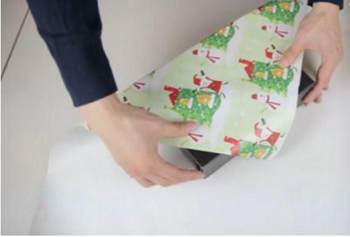 Aprende a envolver regalos sin usar cinta adhesiva ni lazos