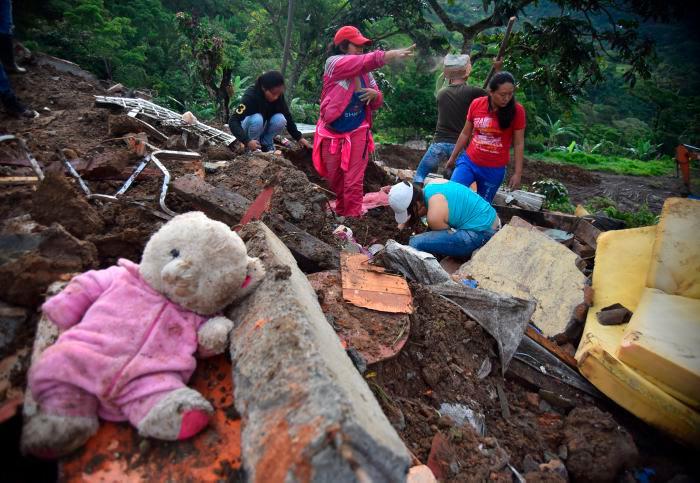 Asciende a 30 el número de cuerpos recuperados tras derrumbe en Rosas, Cauca