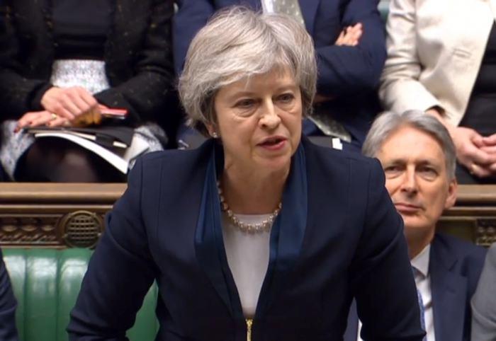 """La primera ministra británica, la conservadora Theresa May, mientras habla sobre la crucial votación del acuerdo del """"brexit"""" negociado entre Londres y Bruselas. //EFE"""