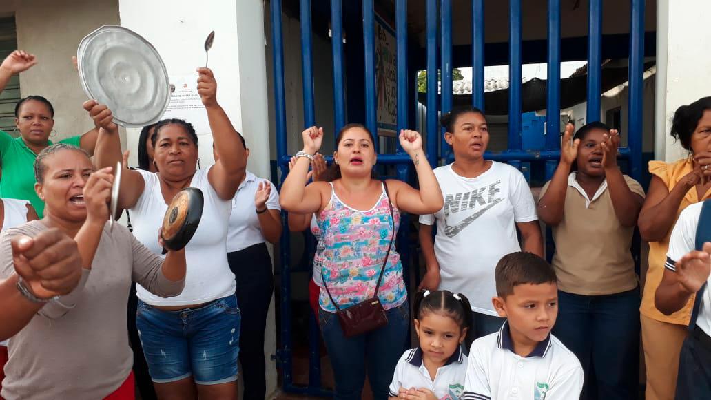 Comunidad de Tierrabaja exige construcción de nueva sede de la Institución educativa