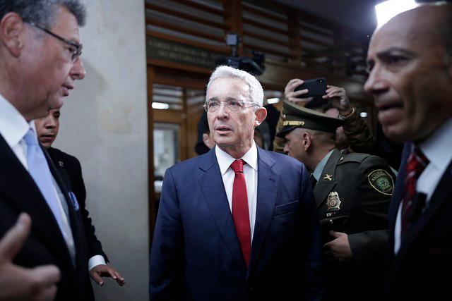 Imagen Uribe1