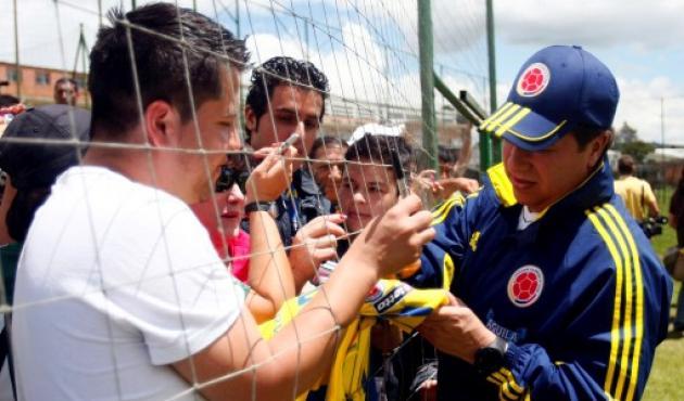 """Hernán Darío """"Bolillo"""" Gómez aseguró que no sabía cómo marcar a Messi"""