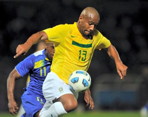 Maicon tuvo una destacada actuación y le cambio la cara a Brasil.