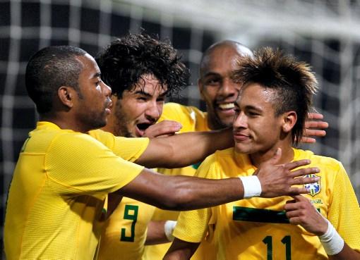Neymar, a pesar de sus 19 años, llegó como la gran figura a la Copa América